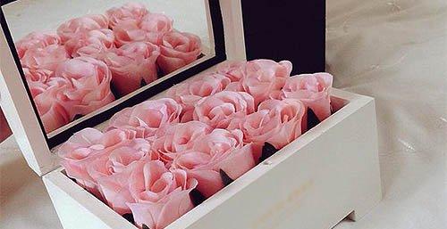 En dusin roser