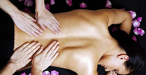 Complete relaxing massage 4 hands
