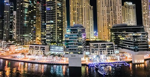 Saunter w dół Dubai Marina