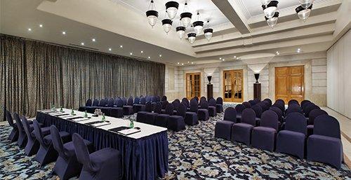 غرف الإجتماعات